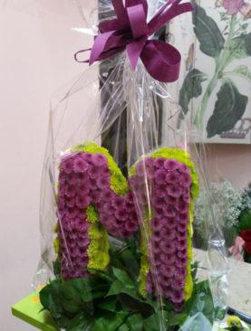 Буква от цветя NV496