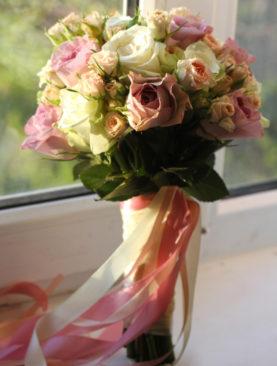 Нежност от рози PL003